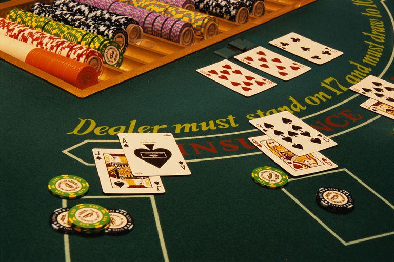 3 ways to split hands in blackjack